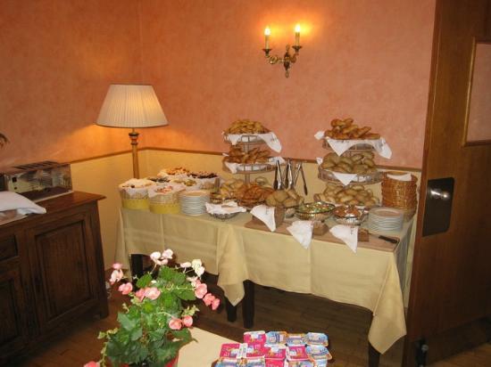 Hotel Carlton : Breakfast area
