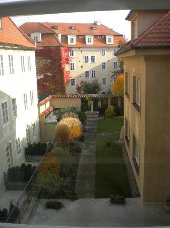 Appia Hotel Residences: Garden
