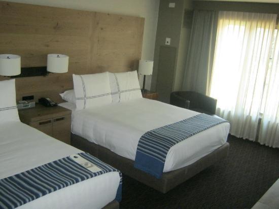 Hyatt Regency Lake Tahoe Resort, Spa and Casino: Basic, Double Queen Room on main floor. Room 219