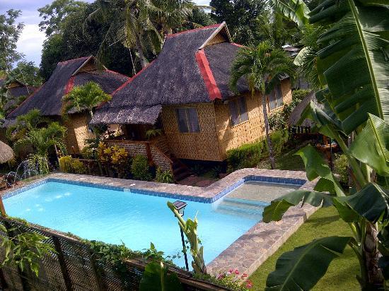 French Kiss Asia Resort : nipa house exterior