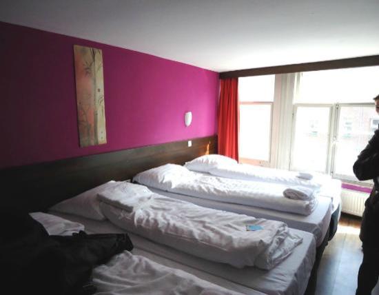 Hotel Damrak: la chambre a 5 lits