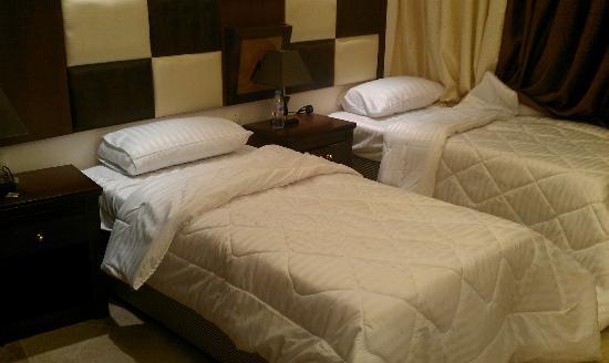 Nersian Al Mashaer: The new bed furniture :)