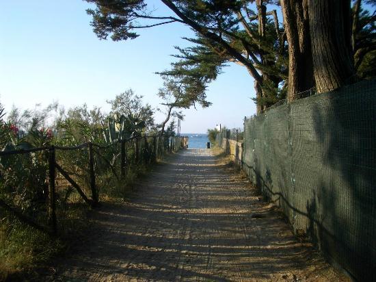 Hotel Meridiana : Weg zum Strand