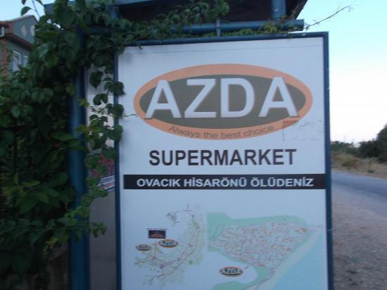 Antas Deluxe Aparts: local supermarket