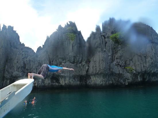 El Nido Resorts Miniloc Island: big lagoon dip