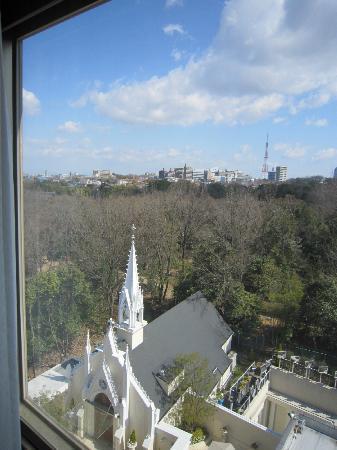 Sir Winston Hotel: 窓からチャペルが見える