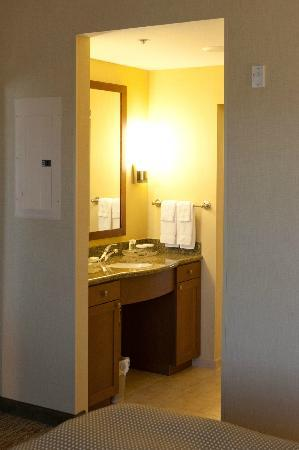 Homewood Suites by Hilton Phoenix Airport South: Suite bedroom