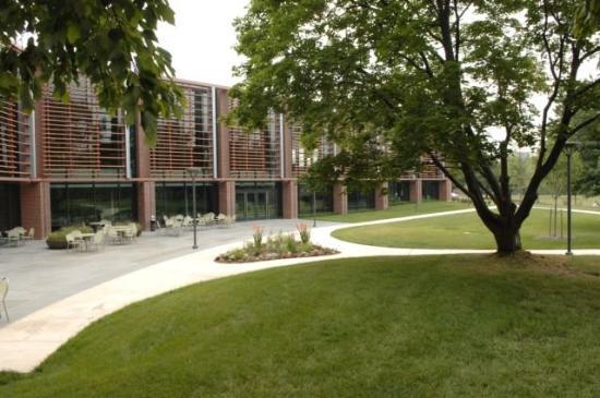 The Kirkland Center: Exterior