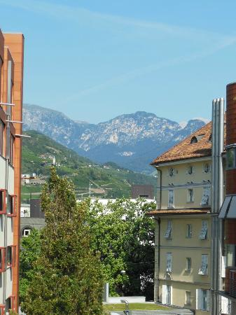 Hotel Greif: View of the mountains from room 212