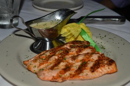 Mark's Prime Steakhouse and Seafood: Salmon - served on a tempid plate