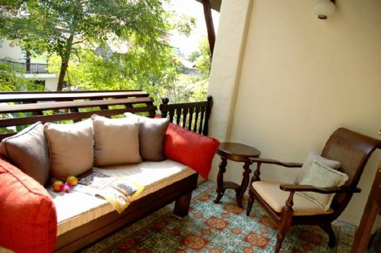 Puripunn Baby Grand Boutique Hotel: Deluxe Balcony