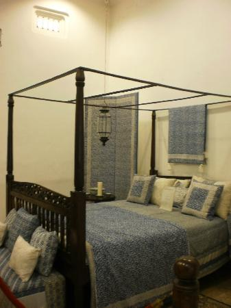 Museum Tekstil: Batik for Bedroom Interior