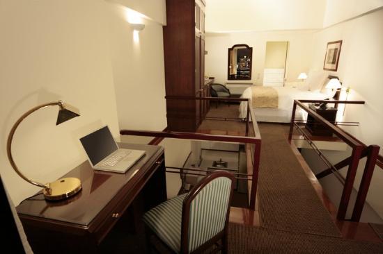 Thunderbird Hotels Fiesta Hotel & Casino: Suite