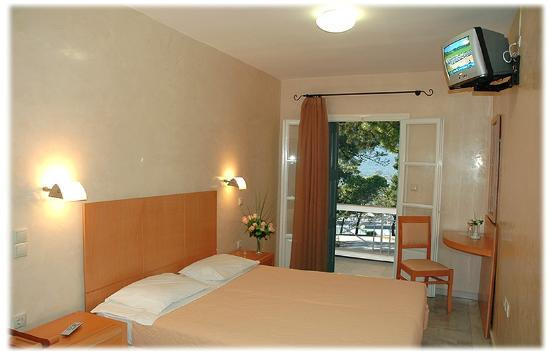 Hotel Argo: one of the rooms with balcony