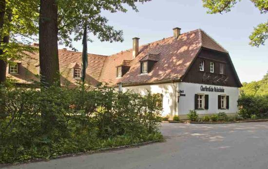 Kachelofen-Meißner Porzellan - Bild von Churfürstliche Waldschänke ...
