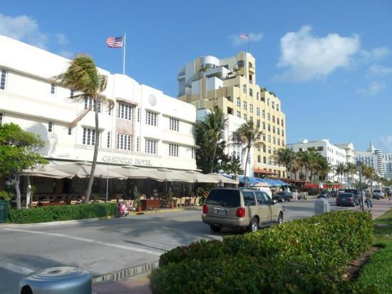 Cardozo Hotel: front