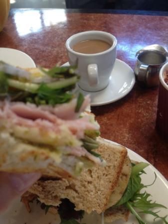 Conservation Hut : a massive pre-walk sandwich