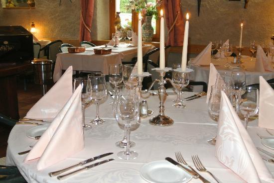 Auberge de la Reunion : Romantique à deux ou dîner d'affaire, notre Salle à manger