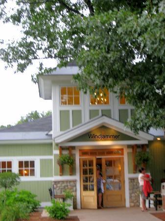Windjammer Restaurant: Façade du resto