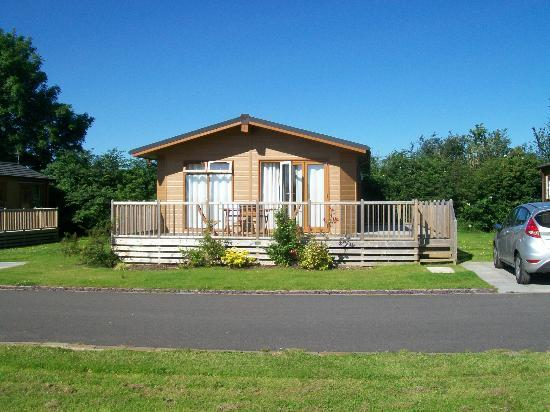 Ashbourne Heights Holiday Park: Our lodge