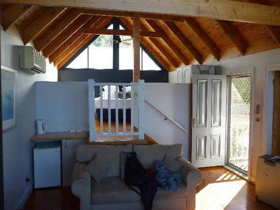 Loxley On Bellbird Hill: View of room looking up to bedroom
