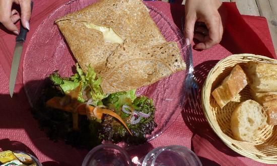 L'Ecureuil : galette con contorno (crepe salata)