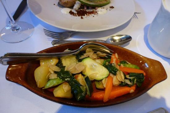 Dear Friends Garden Restaurant: shared vegetables