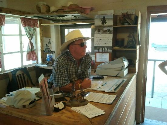 Arizona Horses (Ponderosa Stables and South Mountain Stables): The Boss.. what a great guy!