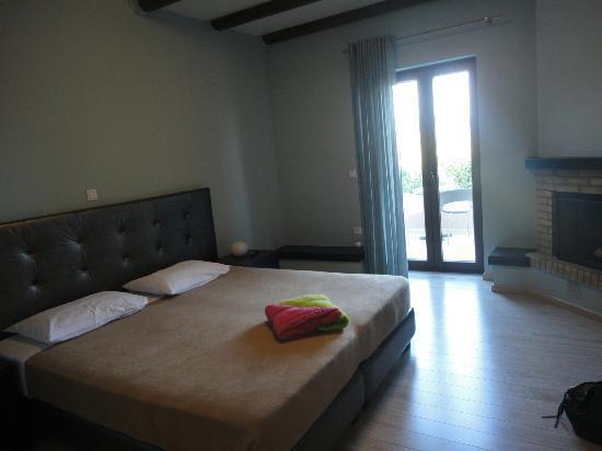 Hotel Perivoli: Notre chambre