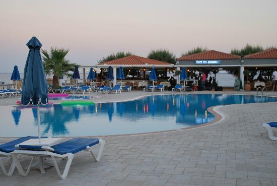 Elvita: Poolbereich