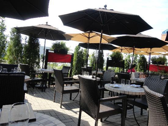 Le Tire-Bouchon : La terrasse.