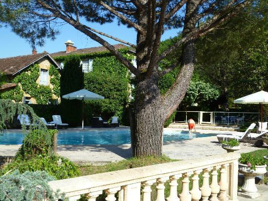 Hotel Du Centenaire : sparkling pool