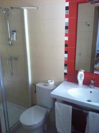 Hostal El Capi: baño