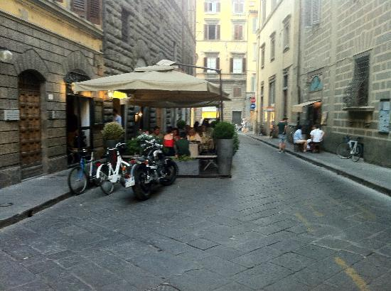 Relais del Duomo: Try the tiny tratorria on the right of the photo