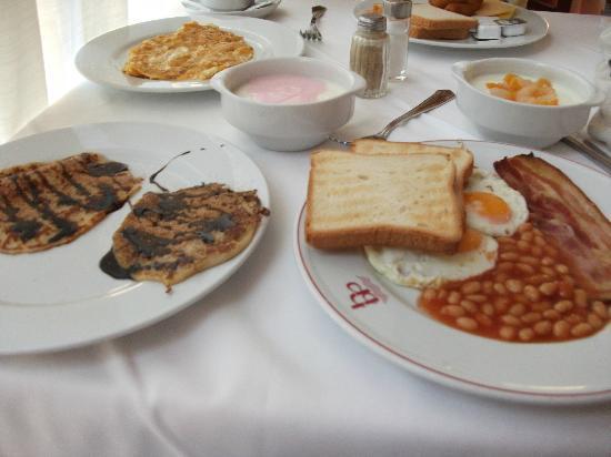 Beverly Park Hotel: pequeno almoço