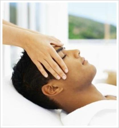 Avaneesh Natural Therapy Center and Spa: Reiki - natural healing