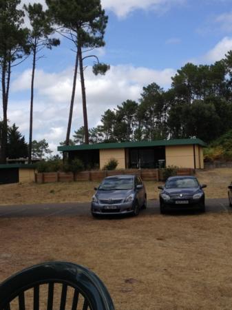 Résidence-Club Odalys Les Villages sous les Pins : bungalow