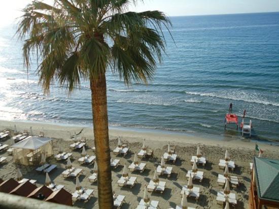 Grand Hotel Alassio: Spiaggia Privata