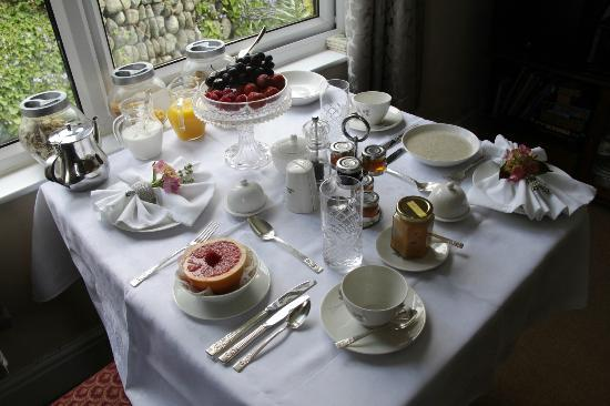 DeVere Lodge: Breakfast