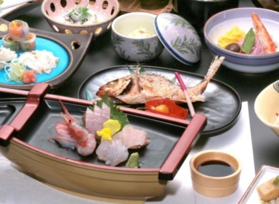 Himi, اليابان: 海鮮料理