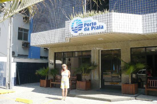 Hotel Porto da Praia: Frente do hotel