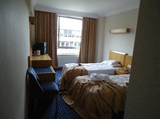 로얄 내셔널 호텔 사진