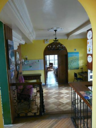 Hostal Zentrum: the entrance with one of the bigger rooms