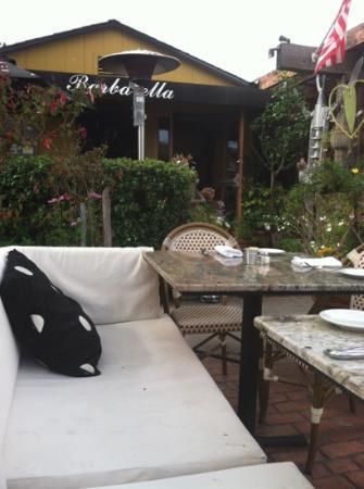 Barbarella Restaurant & Bar: outside