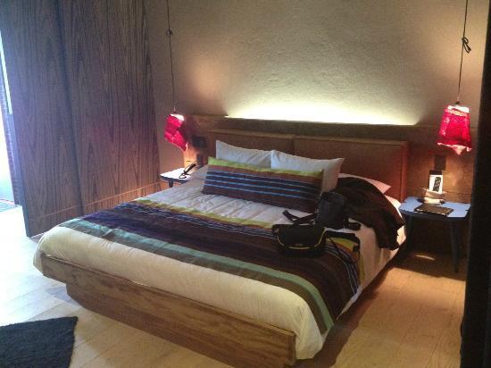 Hotel b¨o: habitacion