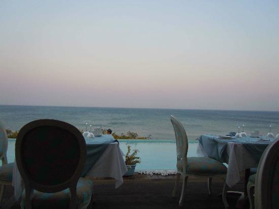 Atrium Prestige Thalasso Spa Resort and Villas : veduta dal ristorante greco