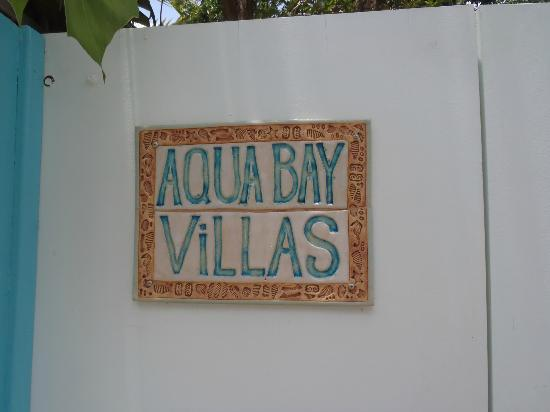 Aqua Bay Villas: Front door
