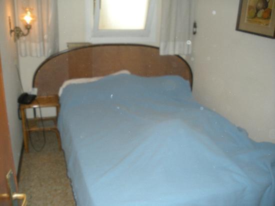 Hotel Canada Venezia : Room 19