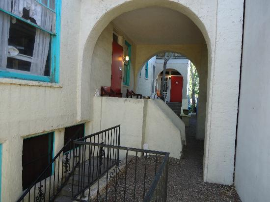 Route 66 Hostel: side entrance