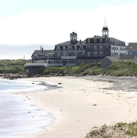 Surf Hotel Block Island : getlstd_property_photo